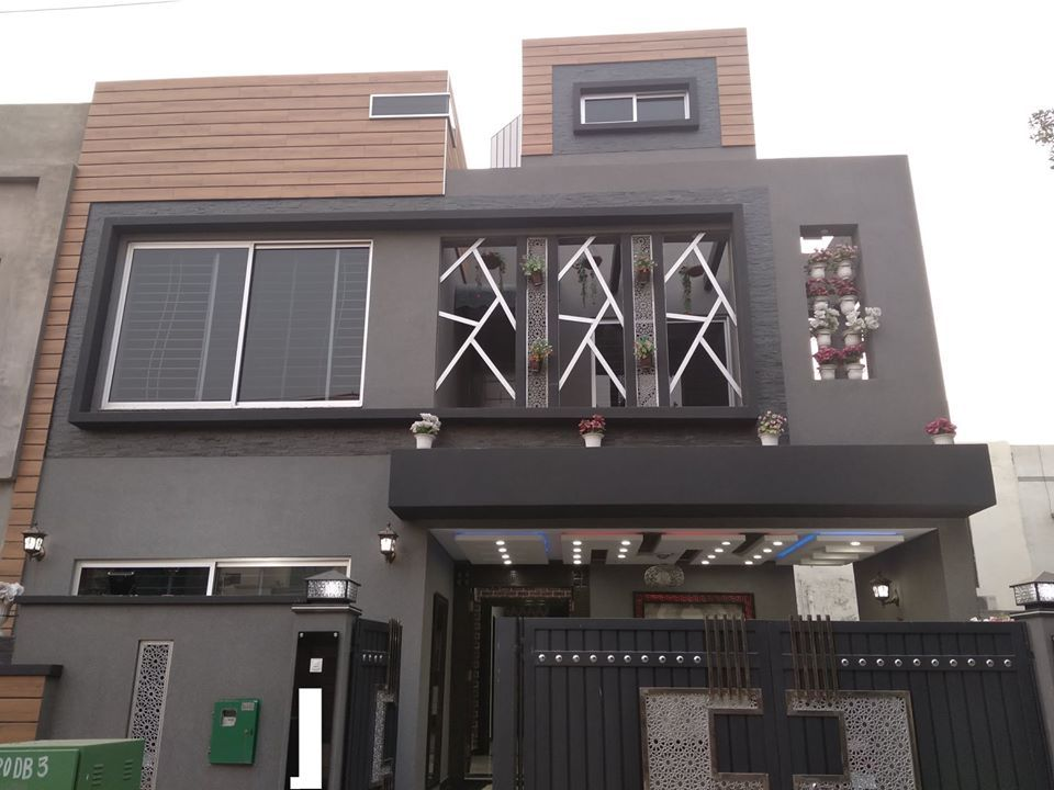 7.5 Marla Brand New Stunning Designer House for sale